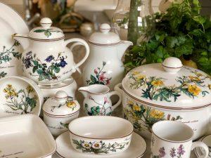 Botanical coffee pot, tea pot and serving pieces