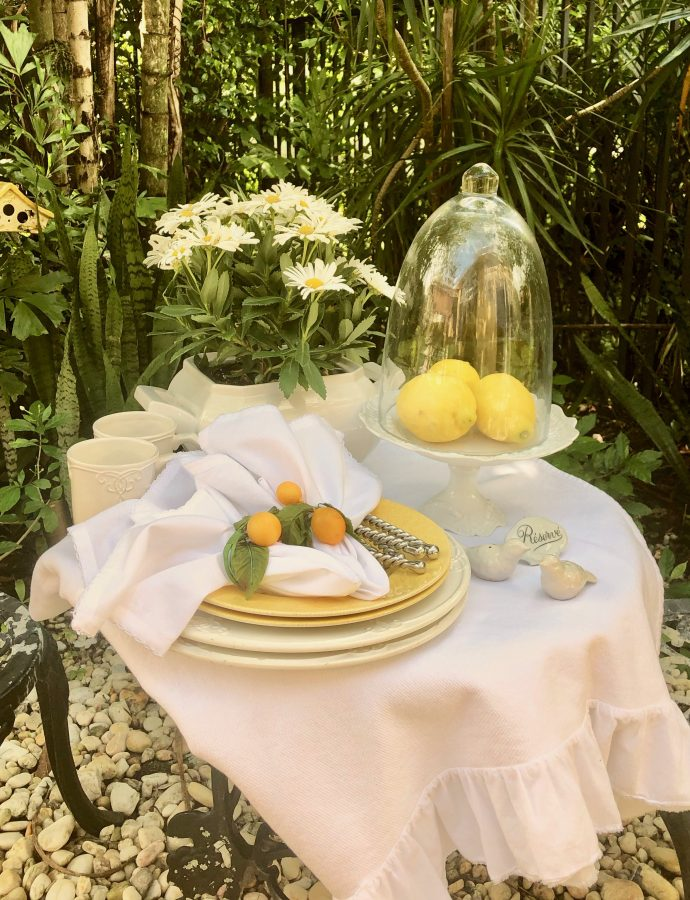 Sizzling Summer Tablescapes And A Delicious Banana Bread Recipe
