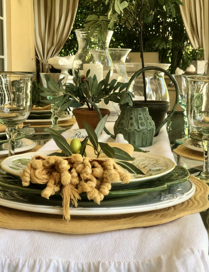 """Winterscapes"" – Four Table Settings For The Season"